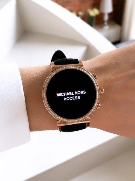 Smartwatch michael kors z czarnym paskiem mkt5069 rose gold