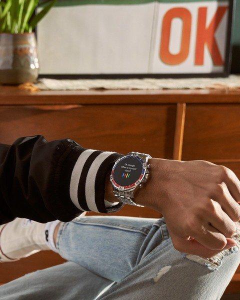 Ftw4040 smartwatch fossil na stalowej bransolecie autoryzowany sprzedawca